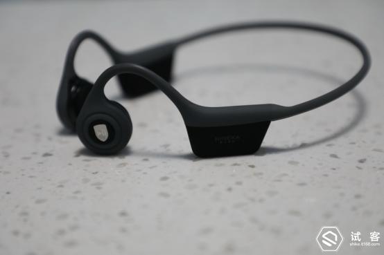 解放你的耳朵- NINEKA Runner骨传导运动耳机671.png