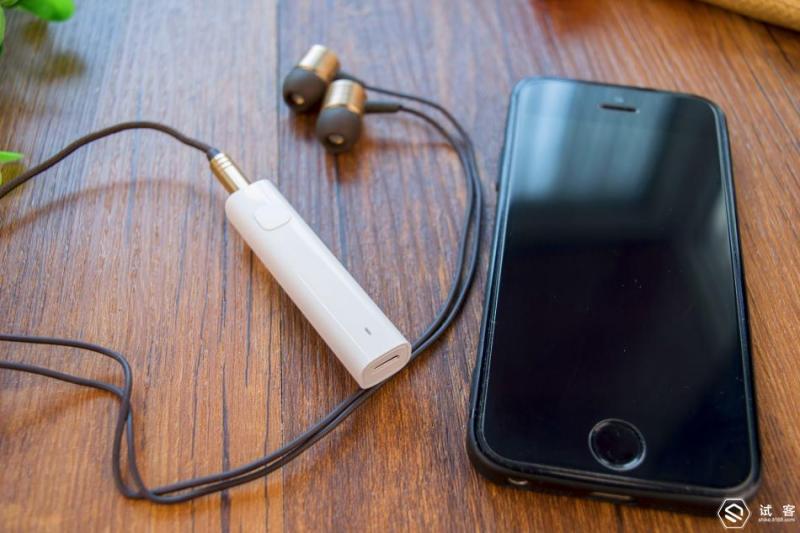 长按功能蓝牙手机接收器的小米,闪烁指示灯等到之后,用小米音频按键上扫描手机吗图片