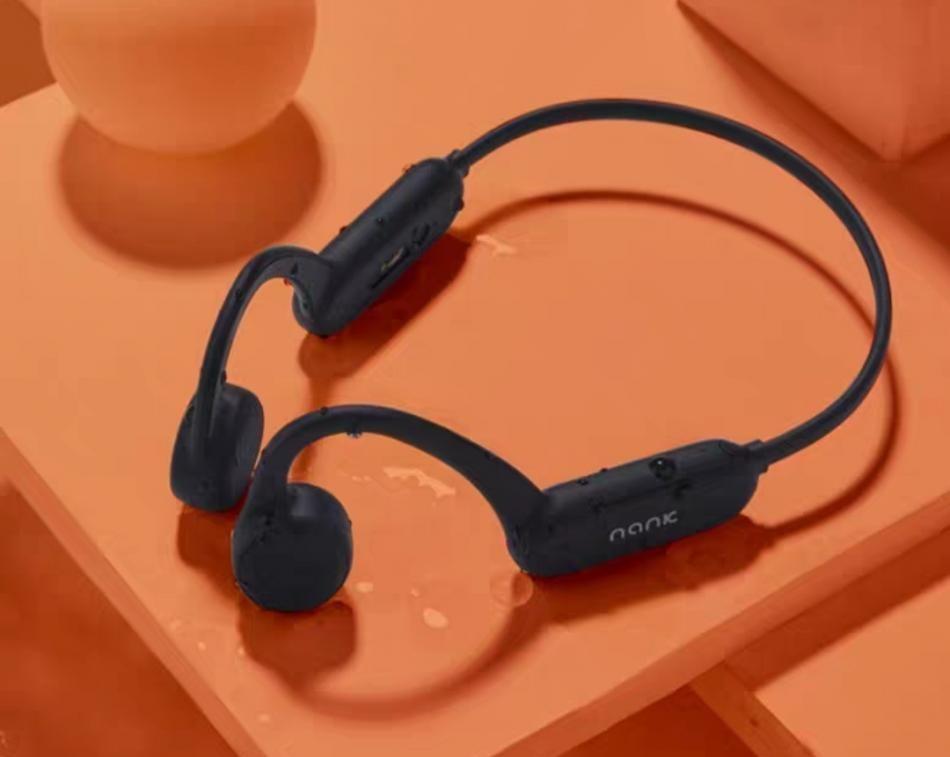 南卡骨传导耳机Runner Pro支持八级防水,自带8G
